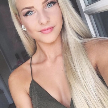 21 jarige vrouw zoekt contact voor sex in Alken, Vlaams-Limburg
