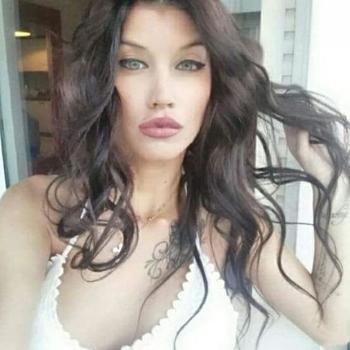 Vrouw (25) zoekt sex in West-vlaanderen